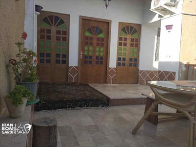 اقامتگاه بوم گردی استاد ایاز باغ بهادران - اصفهان