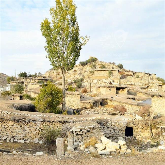 نمایی از روستای پرشکفت شیراز