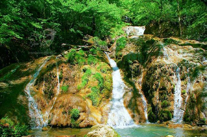 آبشار اسپه او در منطقه هزار جریب بهشهر