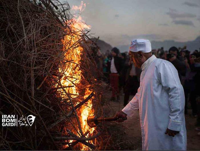 جشن سده و مراسم آتش زنی هیزم