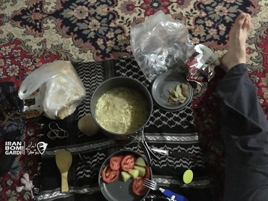 غذا برای یک مسافر خسته
