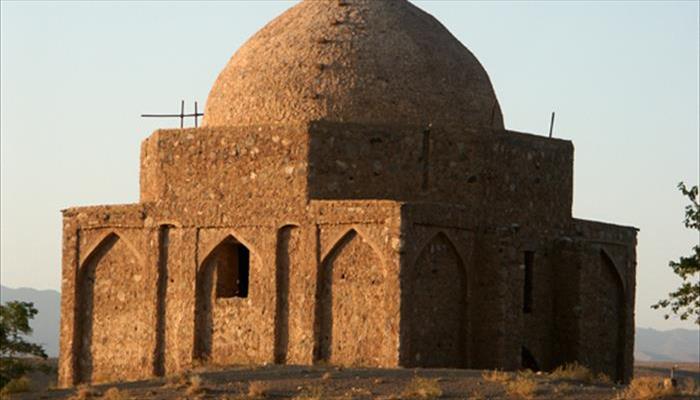 آرامگاه مير زبير سيرجان