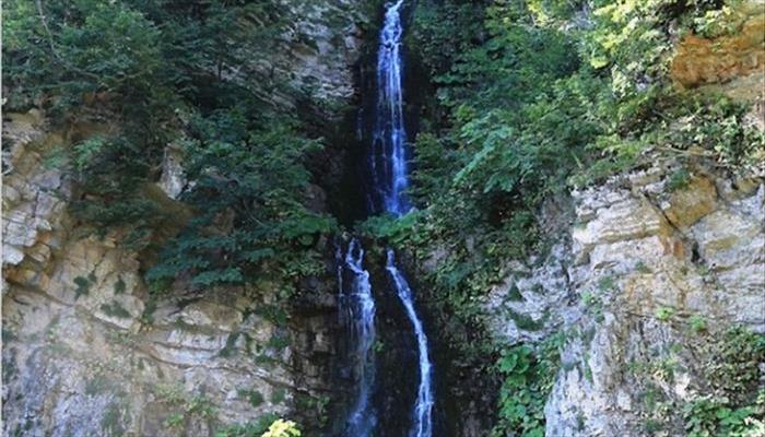 آبشار آلوچال (جنگل ابر)