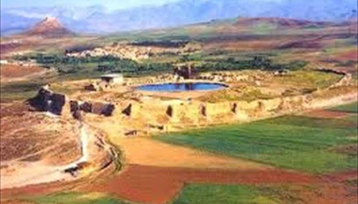 محوطه جهاني تخت سليمان تکاب