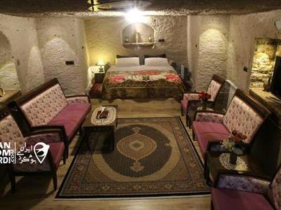 اقامتگاه بوم گردی تورال کندوان
