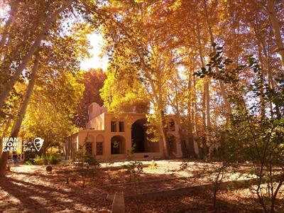 اقامتگاه بوم گردی باغ پهلوان پور مهریز