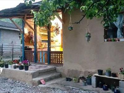 اقامتگاه روستایی شیرین و فرهاد رودبار